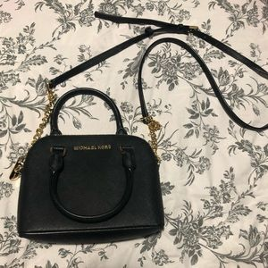 •Michael Kors Mini Cindy Dome Bag•